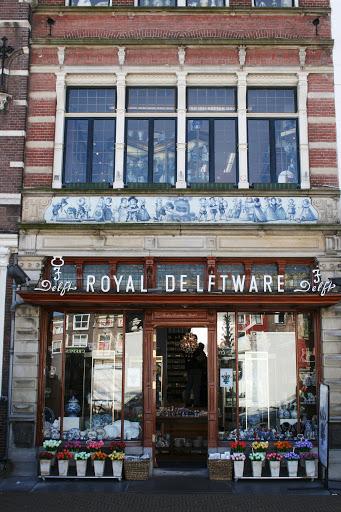 Shop selling Delftware