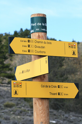 Signpost along the trail; we hiked from Courbons to Thoad on Day 1