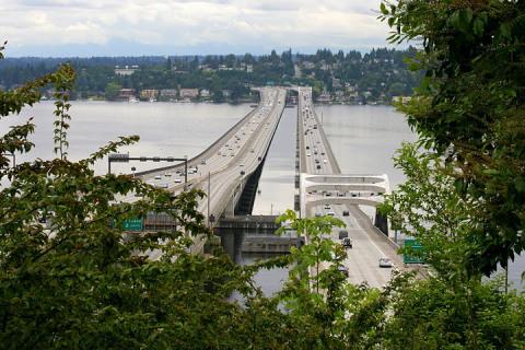I-90 floating bridge