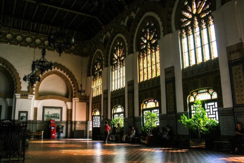 Interior of the train station in Toledo
