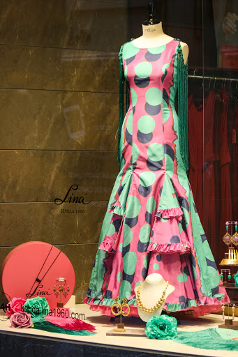 Shop window, Seville