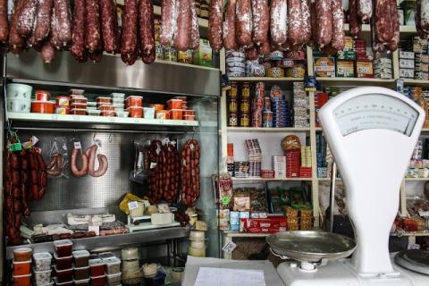 A store and deli in Ronda