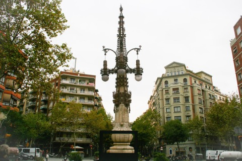 Lovely Moderniste lamp post, Barcelona