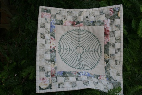 Labyrinth embroidery