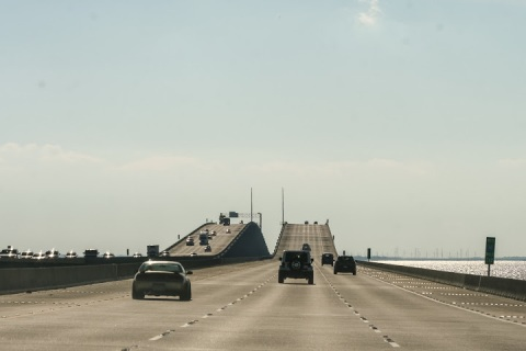 Long bridge over Lake Ponchartrain near New Orleans
