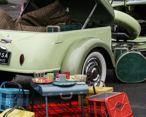 Vintage picnic tableau