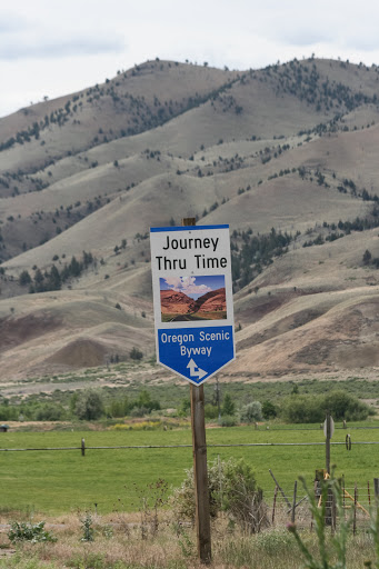 We traveled along this scenic byway to the Painted Hills of Oregon.